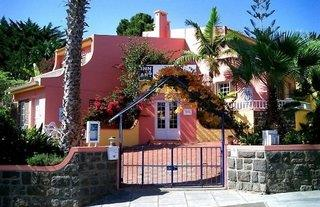 Inn & Art Gallery & Falesia Appartments - Madeira