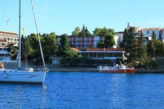Park & Nebengebäude - Kroatische Inseln
