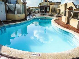 Kennedy Nova - Malta