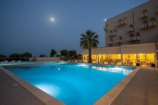 Hotel Club Eloro - Sizilien