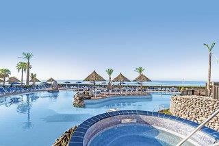 Hotelbild von Bluebay Beach Club
