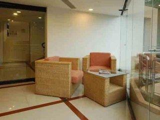 Time Square Hotel - Indien: Karnataka / Kerala / A. Pradesh / T. Nadu / Lakkadiven