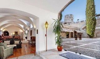 Pousada Castelo Alvito Historic Hotel - Alentejo - Beja / Setubal / Evora / Santarem / Portalegre