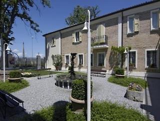 Relais Villa Roncuzzi - Emilia Romagna
