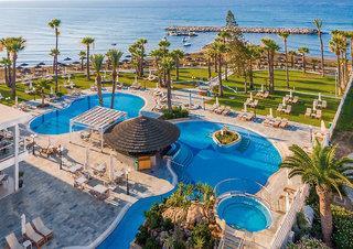 The Golden Bay Beach Hotel in Larnaca