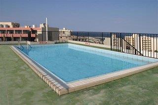 HULI HOTEL & APAR…
