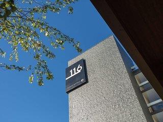 HOTEL 116 A COAST...