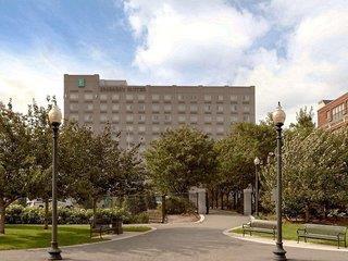 Embassy Suites Boston at Logan Airport Angebot aufrufen