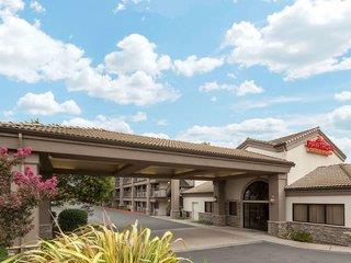Hawthorn Suites by Wyndham Napa Valley bei Urlaub.de - Last Minute
