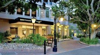 TOWNHOUSE HOTEL &…