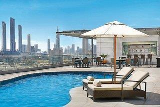 The Ritz-Carlton Dubai International Financial ...