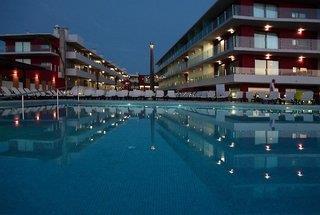 Agua Riverside Resort & Spa
