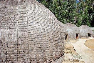 Mlilwane Rest Camp - Beehive Villages Nyala, Bl...