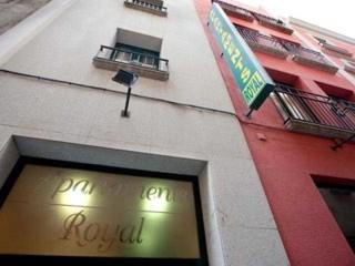 Apartamentos Royal