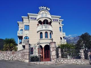 Lux Villa