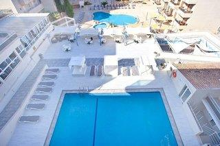 Playa Mar Hotel & Appartments - S´ Illot