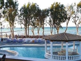 Hotelbild von Attika Beach Hotel