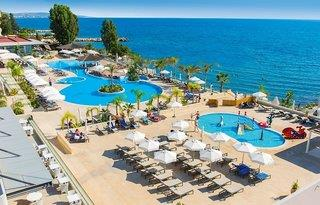 The Royal Apollonia Beach Hotel in Germasogeia (Limassol)