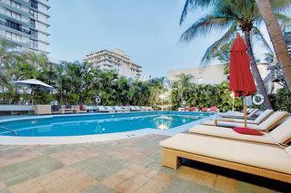 Dorchester South Beach & Suites of Dorchester