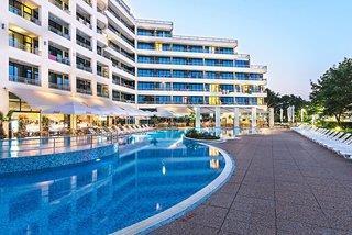 Globus Hotel - 1