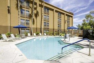 GreenTree Inn & Suites Phoenix