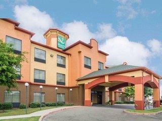 Quality Suites Intercontinental Airport West 3*, Houston ,Spojené štáty