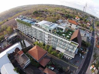 Maxonehotels@Bukit Jimbaran
