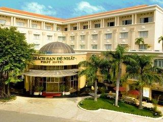 First Hotel Ho Chi Minh
