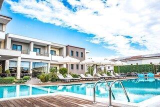 Lagaria Hotel & Apartments