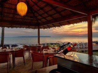 Cabanas By Justa @ Bay 15