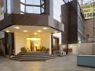 Hotel Aura Airport