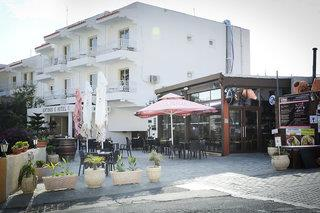 Antonis G Hotel Apartments in Oroklini