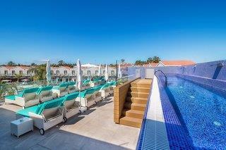 Hotelbild von COOEE Los Calderones Hotel Suites - Erwachsenenhotel