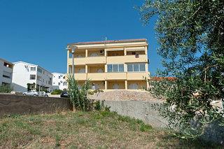 Silvia Apartments 1