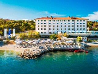 Brown Beach House Hotel & Spa