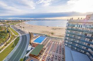 Hotelbild von Golden Donaire Beach