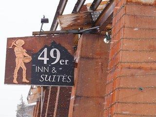 49'er Inn & Suites