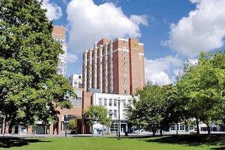 Holiday Inn Express Downtown Toronto