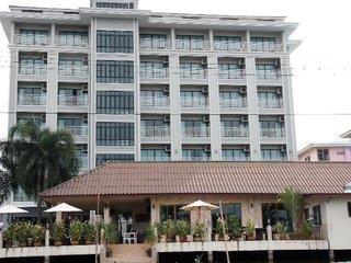 Golden Foyer Suvarnabhumi Airport Hotel