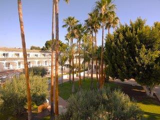 TU&ME Resort