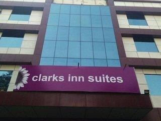 Clarks Inn Suites Kapashera