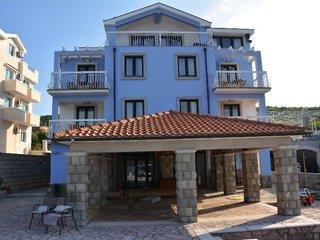 Aparthotel Villa Lav 1