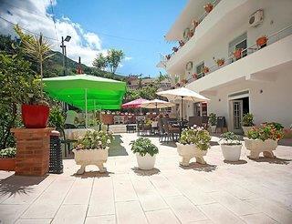 Hotel Nika 1