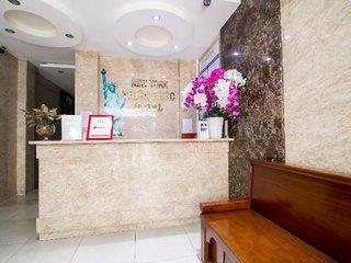 New York Thien Phuc Hotel by RedDoorz