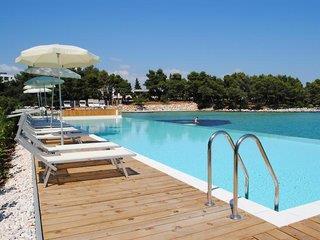 Crverna Luka Hotel & Resort - Crvena Luka Villas 1