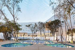 Fairfield Inn & Suites Cancun Airport