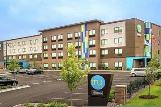 Tru by Hilton Madison West
