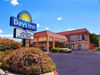 Days Inn by Wyndham Albuquerque City Center