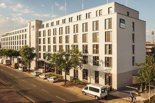 the niu Leo