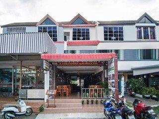 OYO 423 Baan Lucky Guest House